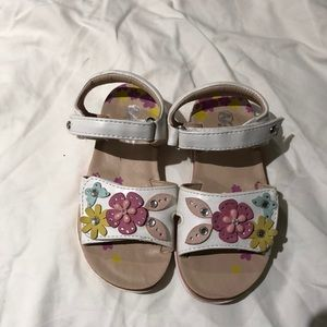 Adorable flexible white and pink sandal worn once
